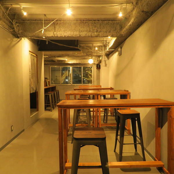 渋谷のど真ん中のコワーキング&クラフトビールバをレンタル!高速WiFi付き。イベント、セミナー、ミニライブ、期間限定オフィスとして利用可能。