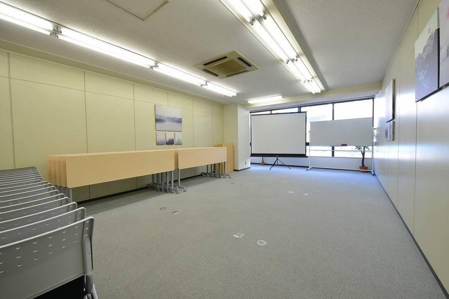<CozySpace今池>30名✨今池駅徒歩6分✨wifi/プロジェクタ/演台無料