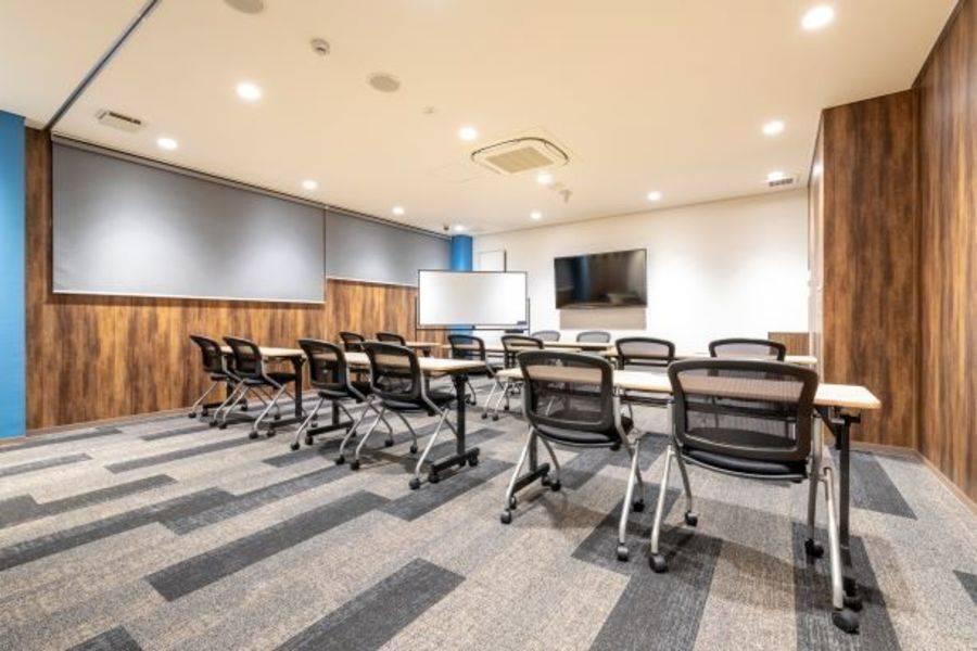 【神戸元町駅徒歩1分】14名用セミナールーム#完全個室#高速インターネット#Wi-Fi完備#ホワイトボード#大型モニター#セミナー#説明会