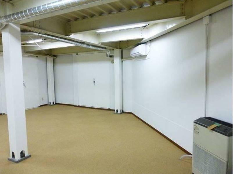新宿区最安を目指す、西早稲田のフリースペースGallery&Space White Room