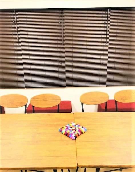 ⭐コロナ3密対策OK!大きな窓、ゆったりスペース、除菌4種類【NewOpen】【301】Coffeebean<コーヒービーン会議室>⭐️11名着席⭐新宿駅D5出口徒歩4分♪新宿EASTBLUE⭐️イベントスペース⭐️テレ(コ)ワーク・ビデオ会議・ZOOM飲み会・自粛飲み会・おこもり会・撮影にも♪⭐️無料:Wi-fi/50型テレビモニター/ホワイトボード/電子レンジ/電気ケトル