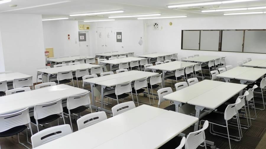 【茅場町】駅チカ徒歩3分!便利な24H営業!セミナーや説明会におすすめ貸し会議室(81名)