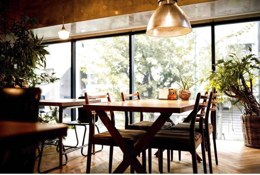 【2F ミーティングスペース貸切】恵比寿徒歩3分 リノベカフェを貸切!おしゃれ空間でロケ撮影・インタビュー撮影・ミーティングで利用可。
