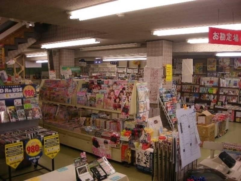 やまだや書店画廊スペース