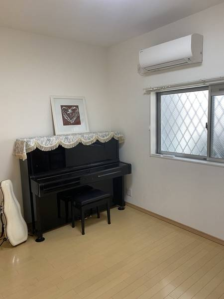谷町線平野駅から徒歩3分の好立地!ピアノ、ヴァイオリンの個人練習や音楽教室としていかがですか?