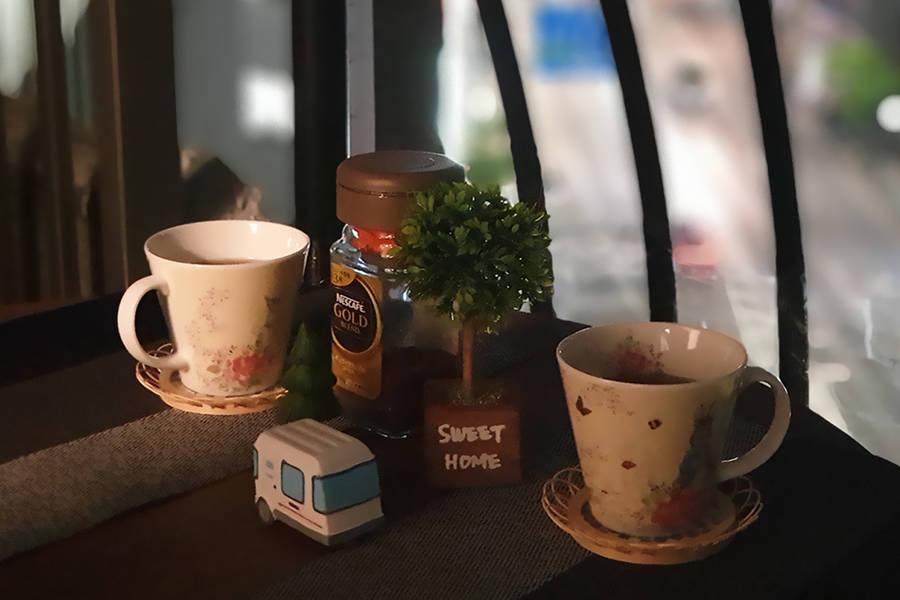 ✨平日900円~【新宿駅2分・光有線】角部屋の2面窓で風通しバツグン・テレワーク応援・会議・パーティー・土足OK
