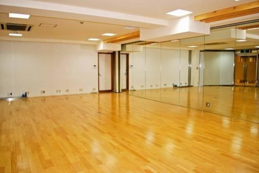 ダンス、ヨガ、フラダンス、会議室、フリーマーケット、多目的スタジオ
