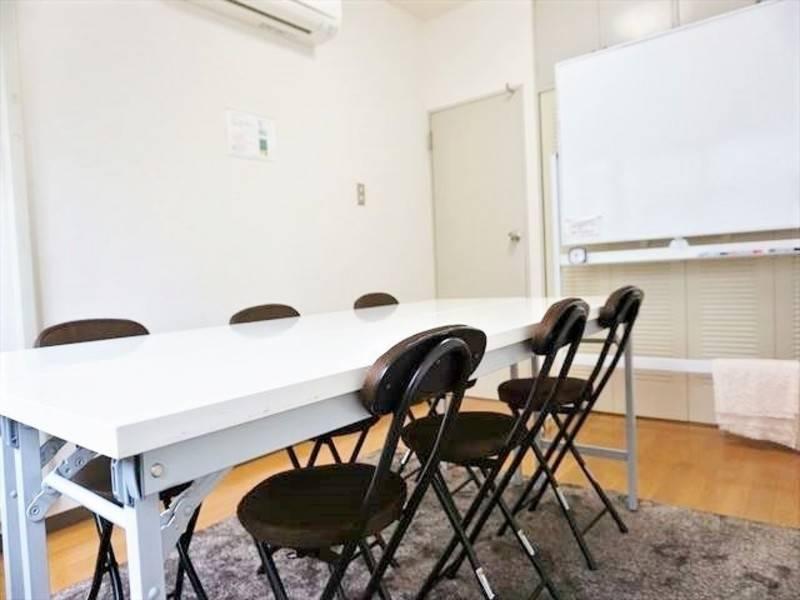 恵比寿駅から徒歩1分・施術ベッド有り・ホットキャビン有りの清潔・日当たり良好な格安完全個室スペース