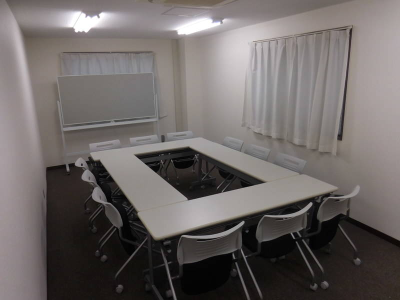 新横浜ホール B