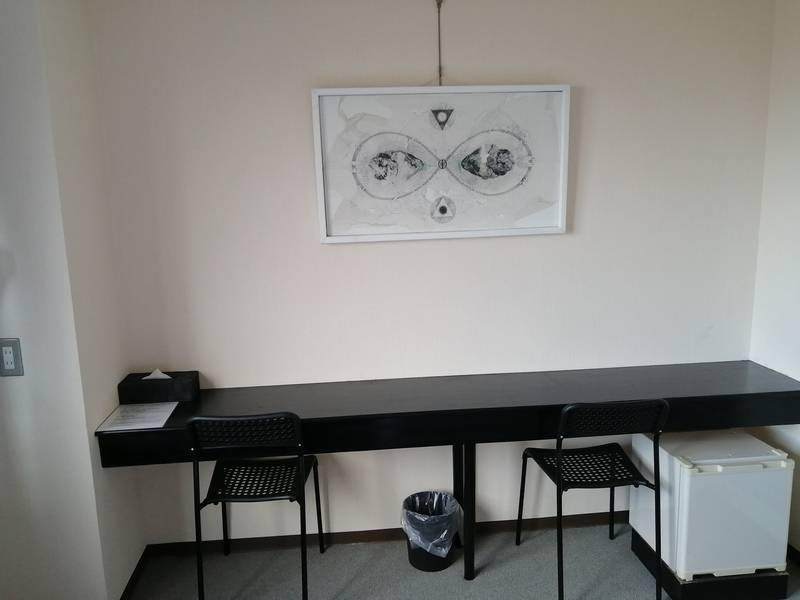 ~ATOホテル B室~ Wi-Fi無料・Zoom会議・静かな個室・<地下鉄三条京阪駅から徒歩2分>