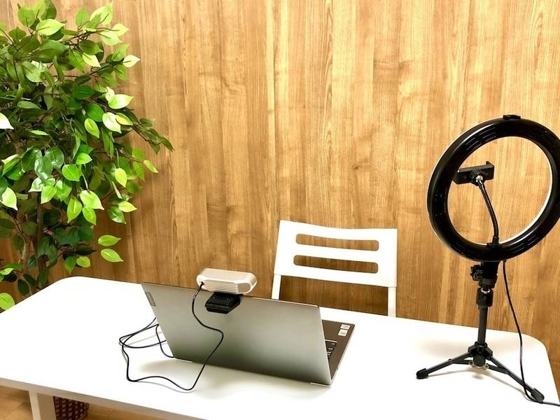 ⭐️光回線導入!リニューアルセール中⭐️コロナ対策中・換気可能〈イシュタル会議室〉新大阪駅東口✨明るいカフェのような会議室✨テレワーク/セミナー