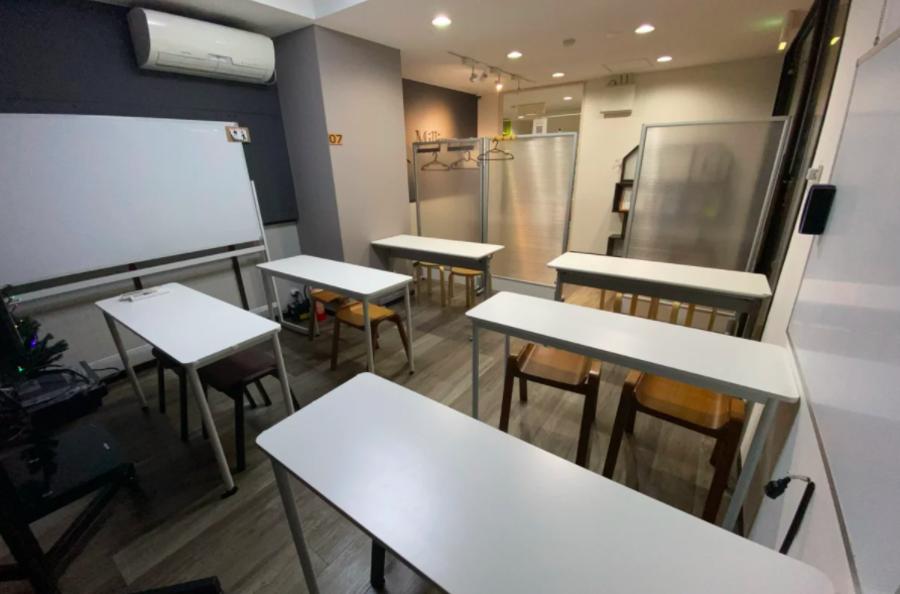 毎日消毒済【人気スペース】07部屋 (セミオープン) 仙台駅徒歩5分 ミリヨン セミナーや打ち合わせ会議などに。