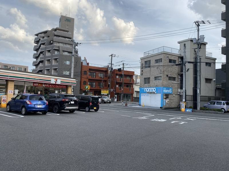 広島市西区東観音 平和大通り沿い 貸し会議室 高速Wi-Fi完備 打ち合わせ、デスクワーク、撮影、商談などに