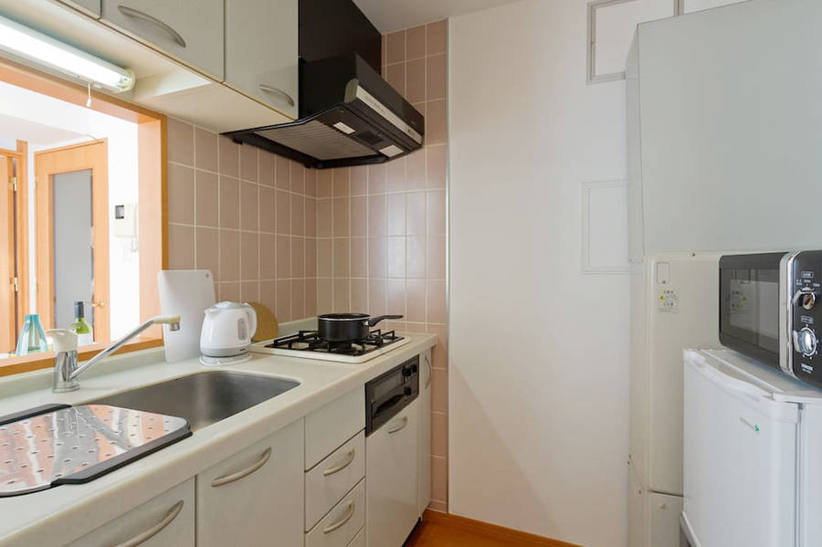リビングダイニングと寝室が独立した快適スイートルーム601【オープン特別価格!】