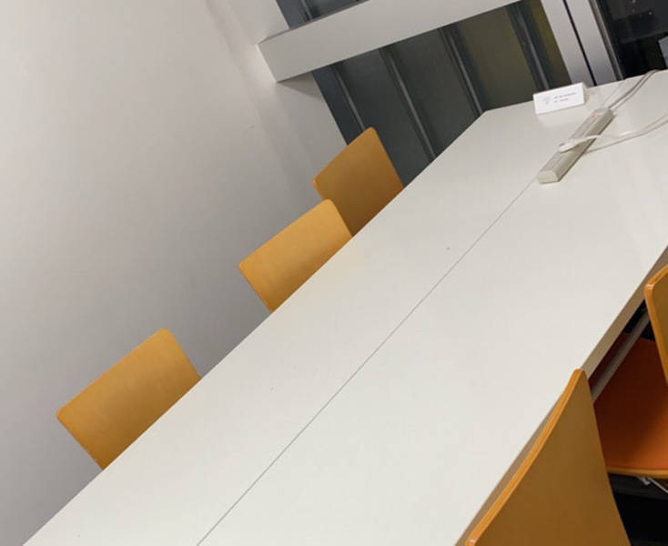 新橋駅1分【落ち着いた個室 l ZOOM会議やリモートワーク最適環境】ワンコイン会議室B-07(2)