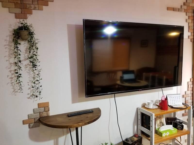 静岡駅北口から6分、静鉄日吉町駅から3分のカフェ風の貸し切り空間・貸し会議室・カウンター&簡易キッチン新型コロナ対策のため8人まで・35㎡無料Wifi