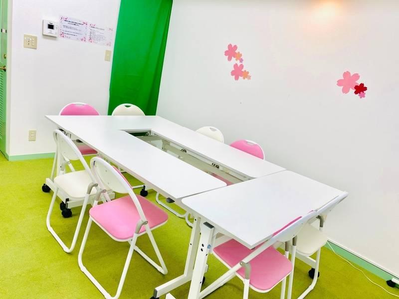 【 sakuraroom 】2021年4月 リニューアルオープン♪大型ディスプレイや空気清浄機を導入!札幌駅北口から徒歩10秒のレンタルスペースです!
