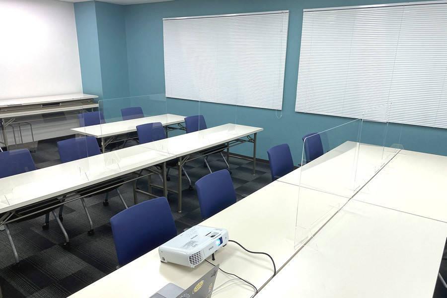 wifi無料!三宮貸し会議室、オンライン会議・面談・セミナー研修にも プロジェクター・wifi・グリーンバック・モニターも無料!ライブ配信も可能です
