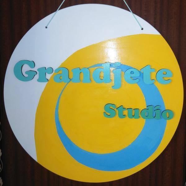 六本松のレンタルスタジオ、ヨガ、ピラティスに最適。