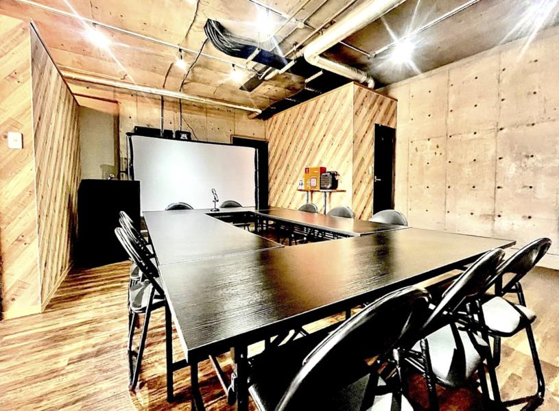 熊本市中央区「COCOSA」から3分!充実設備の開放感溢れる会議・ビジネス・イベントスペース!