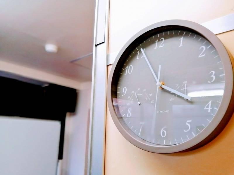 ☆newopen☆神田駅10秒【meets#神田】自然光で明るい/換気/飲食/大型モニタ/Wi-Fi