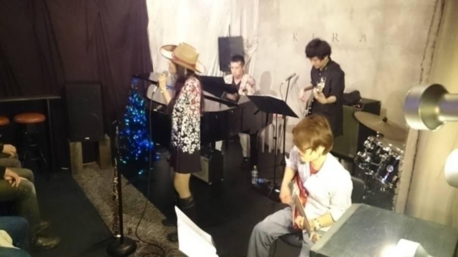 グランドピアノ&ドラム常設ライブ•パーティースペースの写真