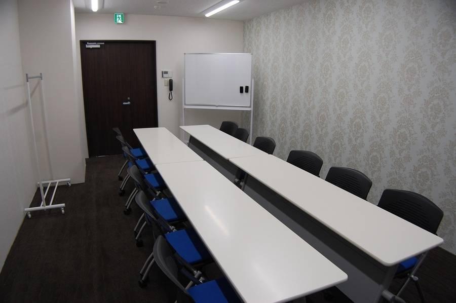 【備品貸出無料】【~16名】29年4月28日リニューアルオープン!綺麗で設備も揃った会議室を多用途にお使いくださいませ♪【上尾 さいたま 埼玉 大宮】