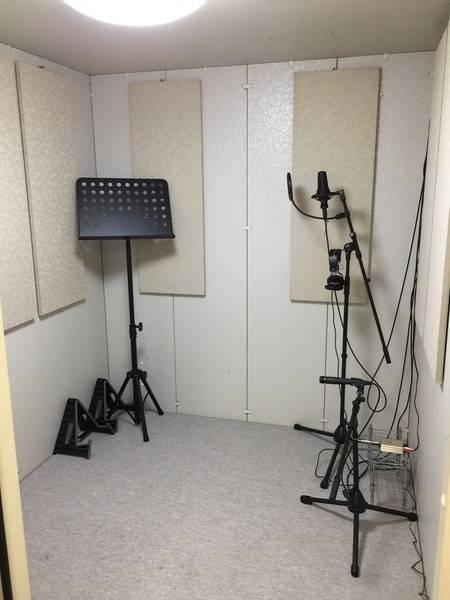 両国駅前 ボーカル、カラオケ、アコースティックギターレッスンに最適!防音レッスンルーム