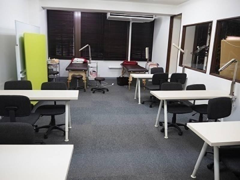 【貸し教室】梅田Garden 教室スペース