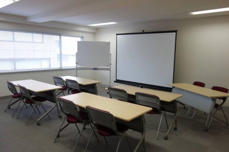 【田町・三田】セミナー・勉強会に最適!15人収容のシンプル駅近セミナールーム