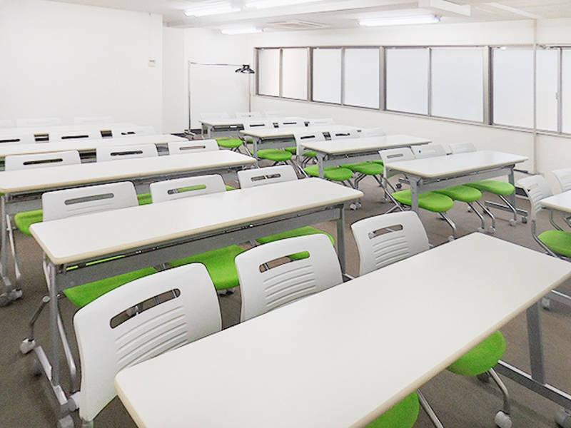新橋駅前ホールⅡ 30名収容 格安会議室