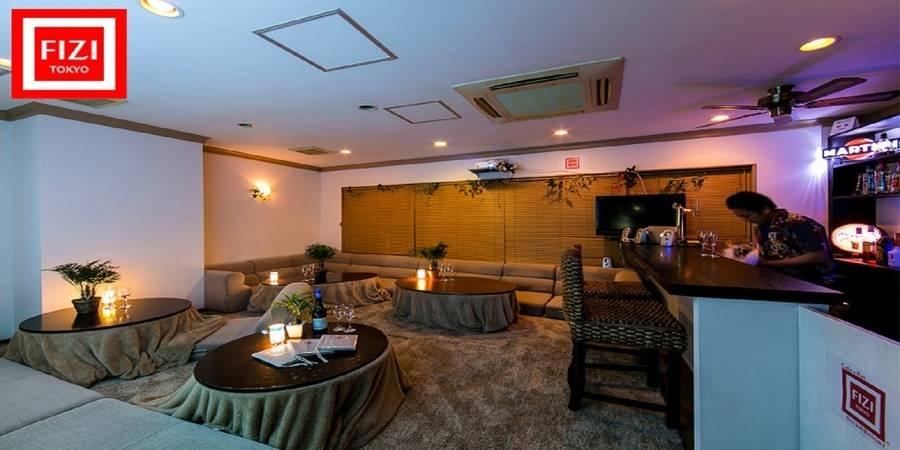 新宿駅すぐの隠れ家的リゾートCafe&Barを格安で貸切! 靴をぬいでリラックスした雰囲気でパーティできます 【休日[土・日・祝] 昼10:00~17:00】