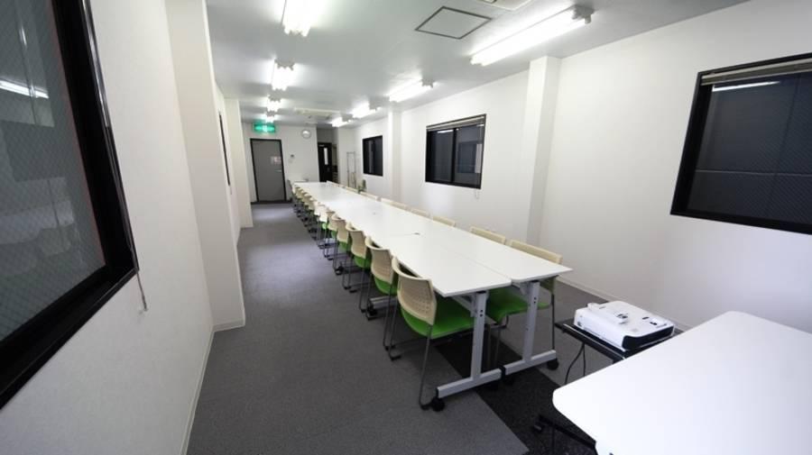 新大阪駅前セミナールーム 1時間2,000円/平日