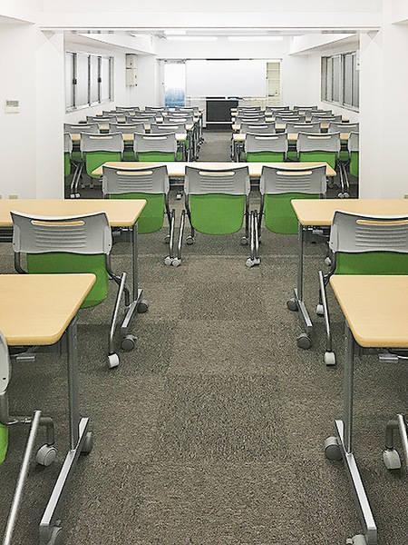 神田須田町ホール 3階 48名収容格安会議室