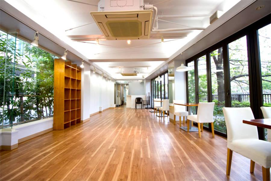 レンタルスペースさくら 中目黒 目黒川沿い1F | 中目黒駅8分。緑豊かな好環境の空間。