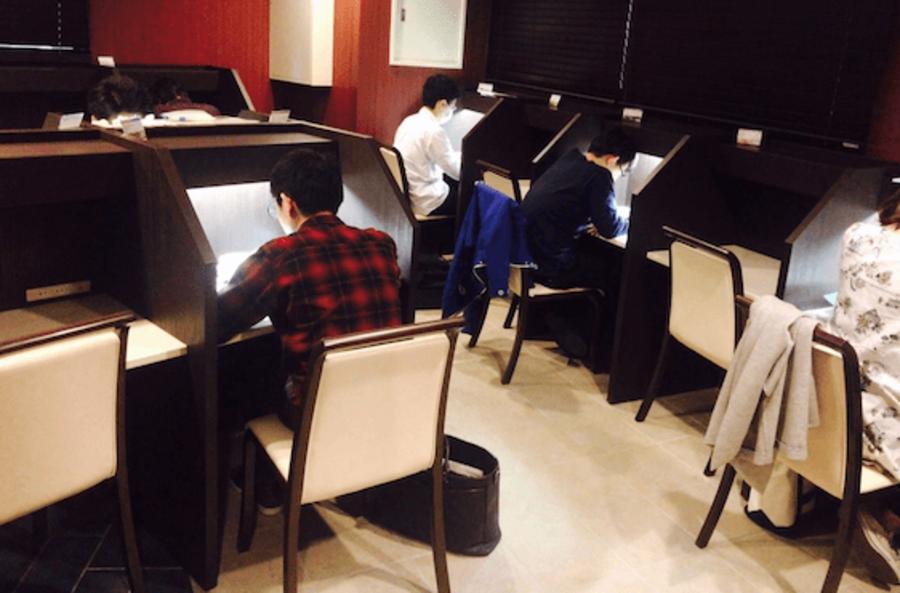 【西梅田駅2分】《30席》勉強カフェ大阪うめだ