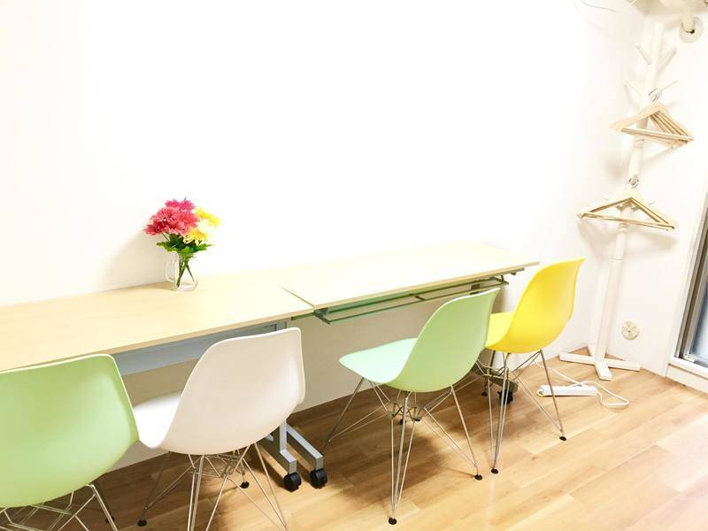♦️サンクスキャンペーン実施中♦️JR池袋駅東口3分!1〜10人までOK 少人数セミナー・打ち合わせにぴったりな会議室です。