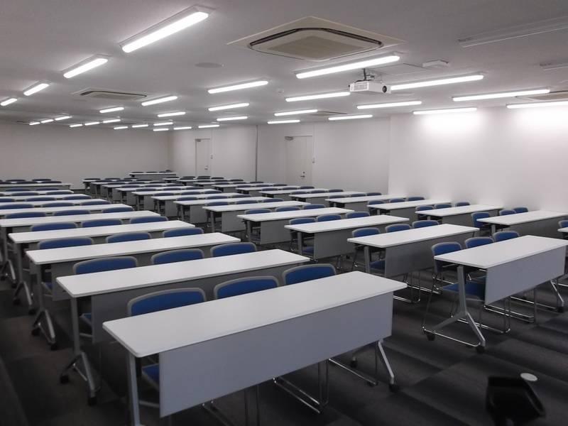 【中洲川端】駅徒歩1分!年中無休 ビジネスシーンにおすすめ108名会議室の写真