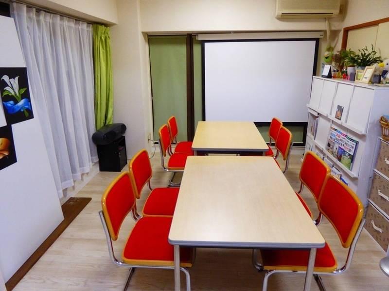 【茅ヶ崎市香川 徒歩1分】お洒落な談話室