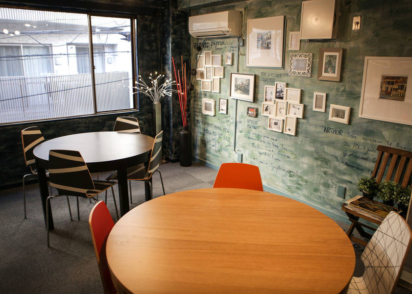 2A:秋葉原・貸し会議室・デザインレンタルスペース 約10名