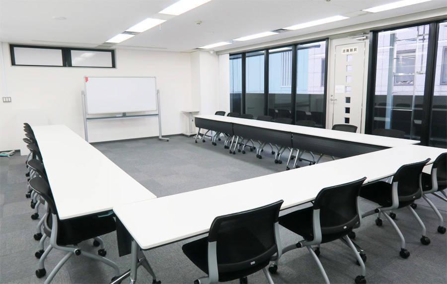 西新宿 ドム 貸会議室 双英ビル7F 会議室B