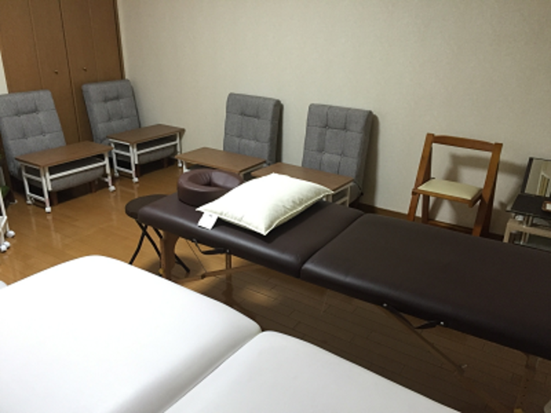 【LaQoo】南森町プライベートサロン Room11 完全個室プライベートサロン