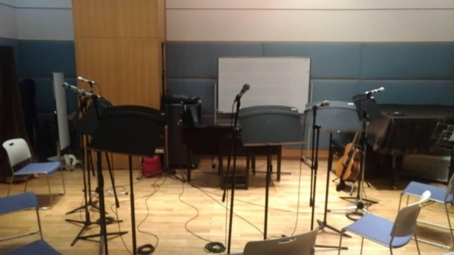 【新宿三丁目駅 徒歩3分】ヤマハ楽器練習室 ~15人収容・アンサンブルの練習などにオススメ~