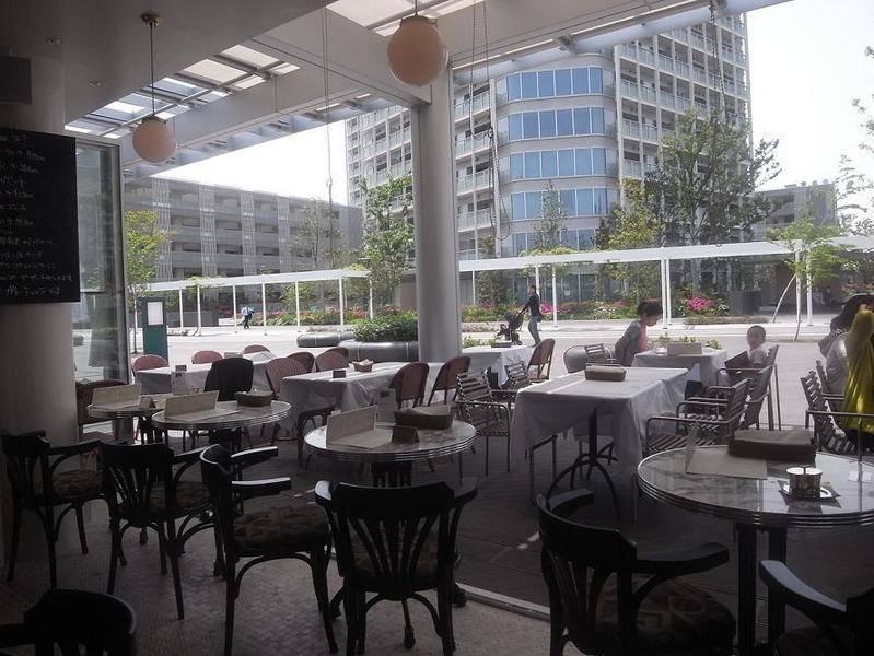 二子玉川 オープンカフェ ALLO