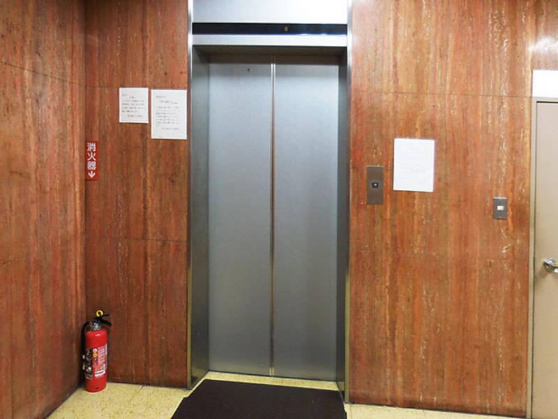 田町・芝浦<301号室> 24名貸し会議室 田町駅徒歩3分 備品無料!