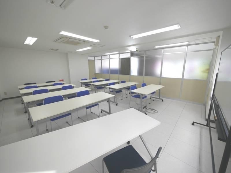 仙台駅徒歩8分 セミナールーム(20名着席可能)