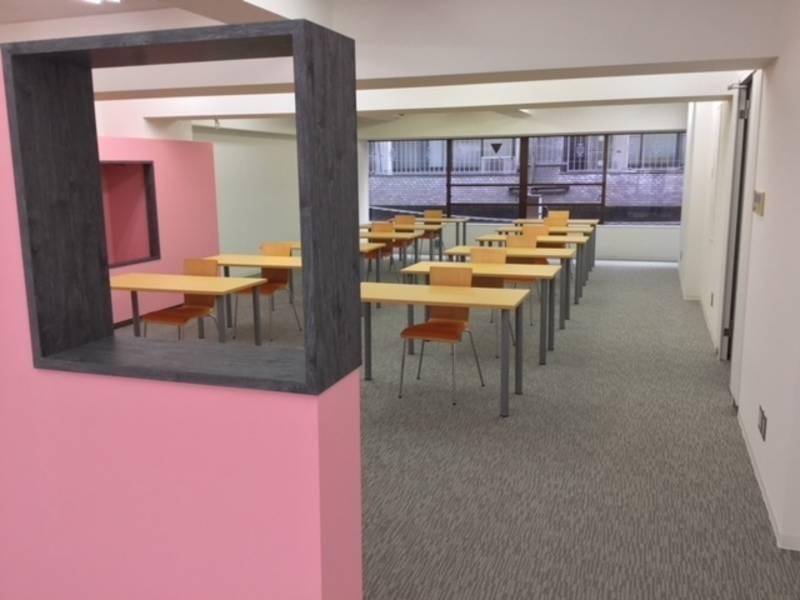 新宿三丁目駅すぐ!控え室・プロジェクター完備!新宿レンタルセミナールーム