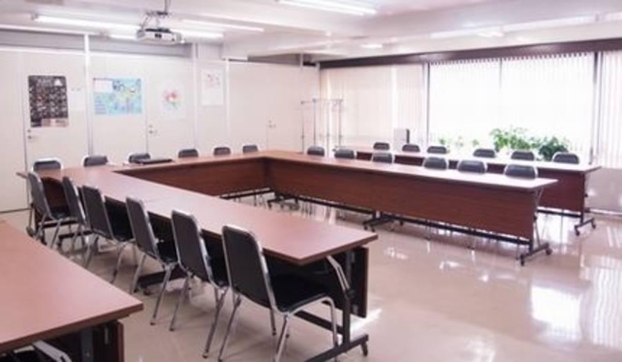 【千石駅徒歩2分】格安・30名収容会議室![キャピタルビル4階大会議室]