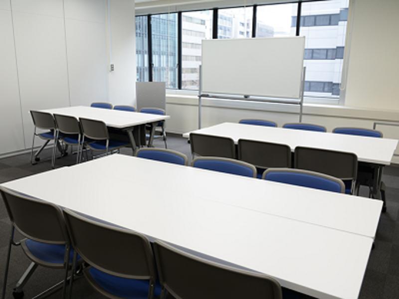 イオンコンパス 東京八重洲会議室 Room F