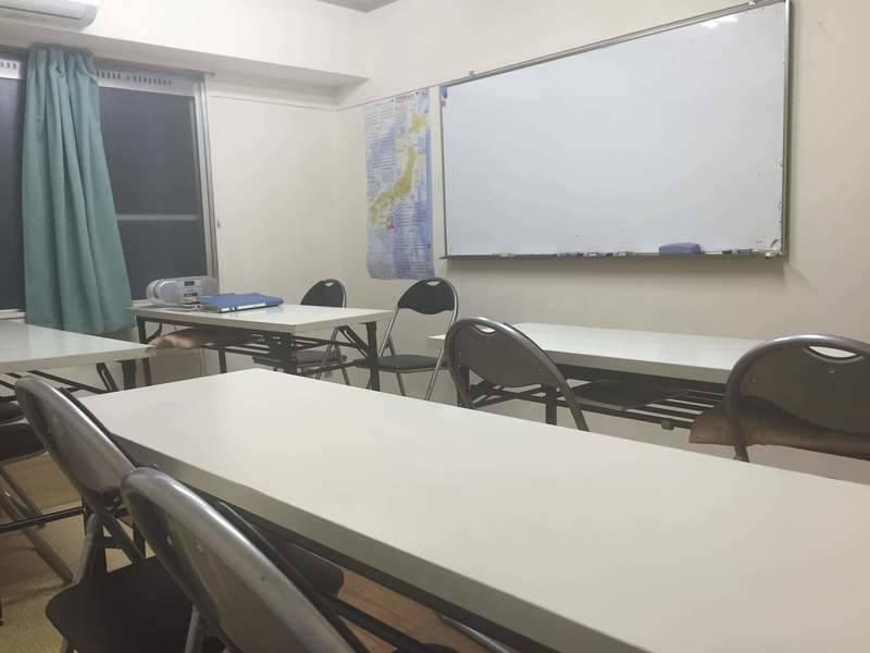 池袋5分 豊愛国際語学院 ルーム3